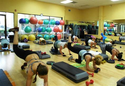 golds gym fan class gold s gym miami lakes group fitness class register for a