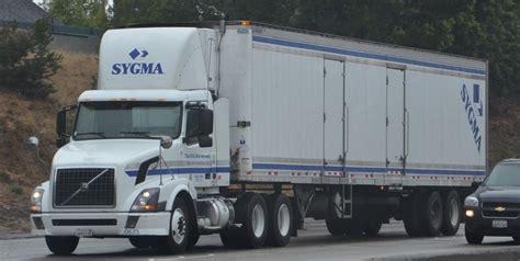 volvo 18 wheeler sygma volvo big rig truck 18 wheeler flickr photo