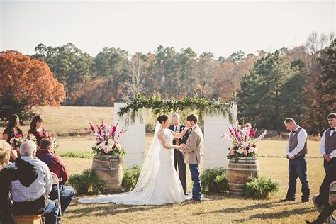 eros la wedding  meadow wedding barn erin andrew