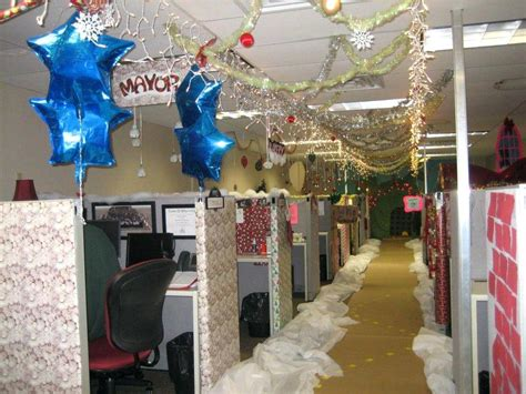 christmas decoration in an office setting decoration ideas for office totally doing this cubicle decorating