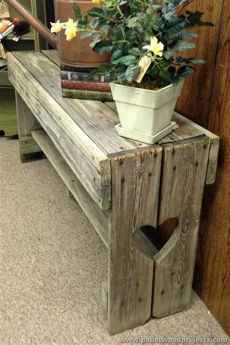 pallet benches pinterest 25 best ideas about pallet benches on pinterest pallet
