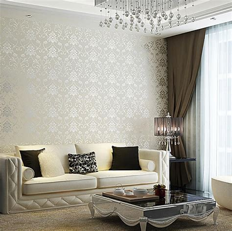 elegant  chic living rooms  damask wallpaper
