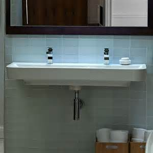 design for small bathroom images