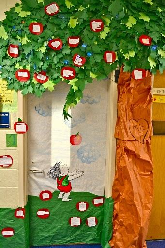 diy christmas tree classroom door decorations fall door decoration ideas for the classroom crafty morning