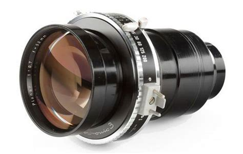 zeiss 50mm f 0 7 lens celluloid pop culture junkie top 8 most expensive camera lenses in the world