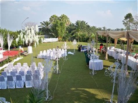 Wedding Burgundy Bandung by 10 Tempat Resepsi Pernikahan Outdoor Di Bandung Bandung