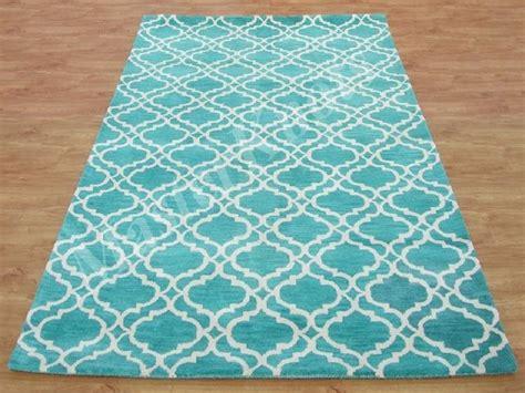 turquoise area rug ikea 25 best ideas about turkooise vloerkleed on blauwgroen tapijt wollen tapijten en