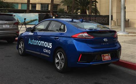 connessione casa hyundai da sogno al ces2017 tra auto a guida autonoma