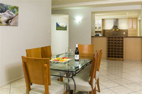 3 bedroom apartments cairns three bedroom apartment the lakes resort cairns