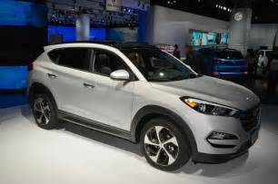 2016 hyundai tucson priced at 23 595 motor trend wot