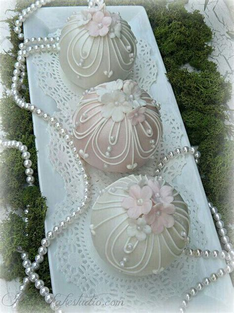 Best Cupcakes With Pearls Images On Pinterest Cake