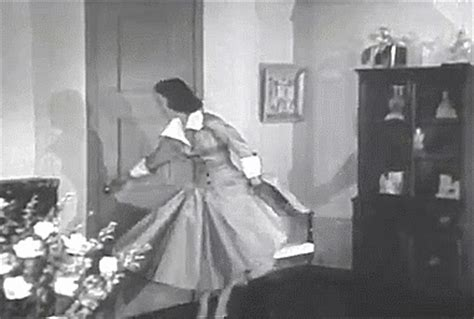 nudo wall base loretta young fashion gif find share on giphy