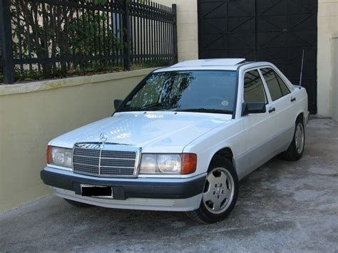 car engine manuals 1990 mercedes benz e class head up display service manual how to replace 1990 mercedes benz e class washer pump 1990 95 mercedes benz