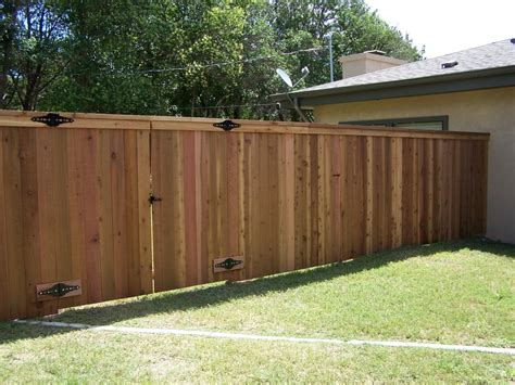 Multi Gate secor fence serves the hill country proudly around fencing