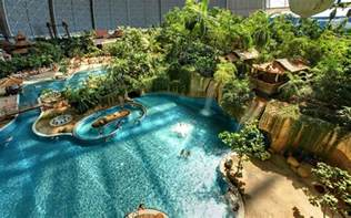 tropical island schwimmbad 2 tage tropical islands inkl einer 220 bernachtung im zelt