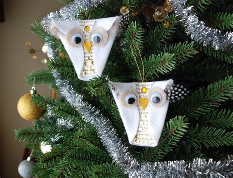 that artist woman snowy owl ornaments