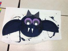 Paper Plate Bat Craft - the pigeon finds a based on the book by mo