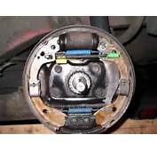 01 To 02 KIA Rio Rear Drum Brake Spring And Pad Placement