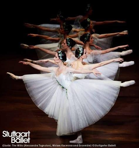 1325171034 ballerine photos de cours stuttgart ballet in quot giselle quot photo danse pinterest