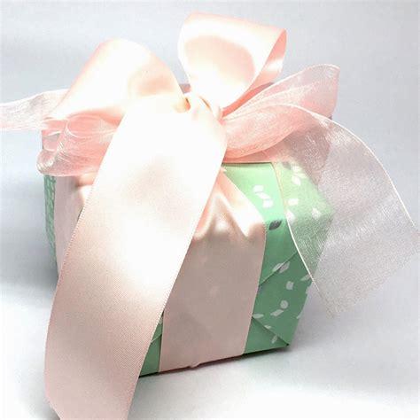Als Geschenk Einpacken by Als Geschenk Verpacken Trixi Gronau Concept Store