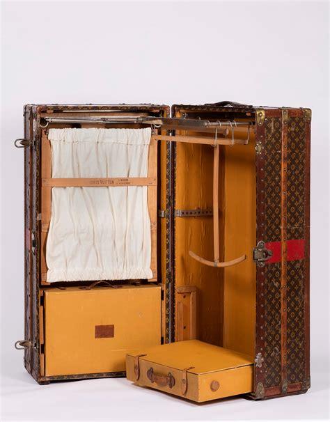 bauli armadio louis vuitton baule armadio verticale vintage jewels