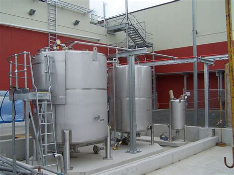 Stainless Steel Tanks Liquid Storage Processing Tanks Metal Fabricating Equipment Storage And Processing