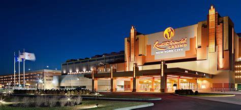 casino boat new york resorts world casino gambling nyc