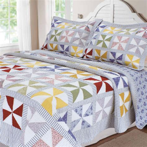 textiles plus inc carnival patchwork quilt collection