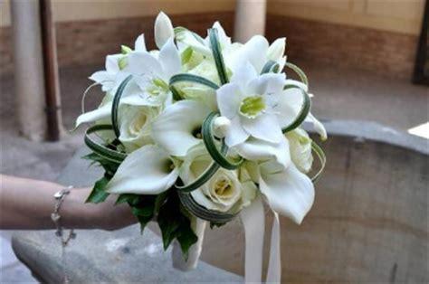 bouquet sposa fiori bianchi quali sono le tendenze 2016 per l allestimento floreale