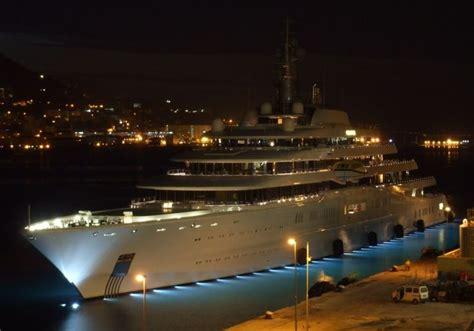 Eclipse Yacht in Bermuda Neu Holen Sie sich den Thumbnail Code um Beiträge in Foren Blogs