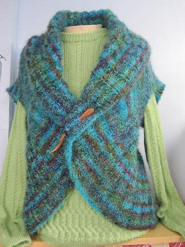 free vest knitting patterns easy free pattern for circular shrug by wooltrends easy peasy