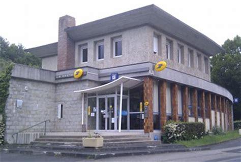 bureau banque postale le bureau de poste envoyez du courrier depuis nectaire