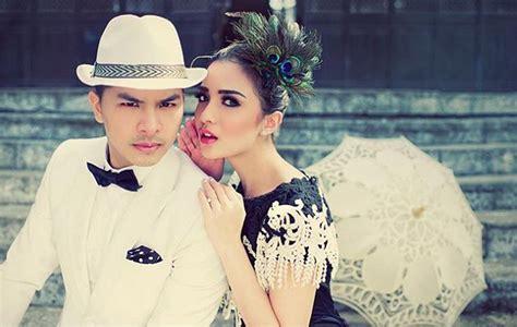 film indonesia yang romantis dan hot foto romantis sama glenn alinskie chelsea olivia curhat