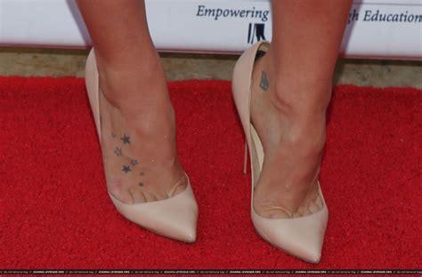 cleavage tattoo the toe cleavage week 2 jojo