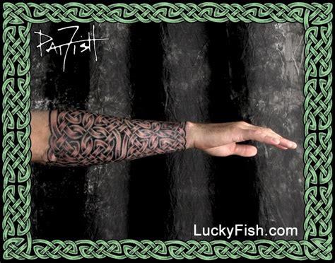 gauntlet tattoo design ponad 25 najlepszych pomysł 243 w na pintereście na temat