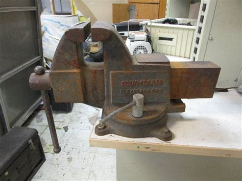 large bench vice large bench vise under the bridge industrial commercial