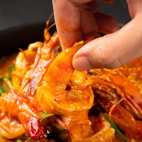 singapore style chilli prawns marions kitchen