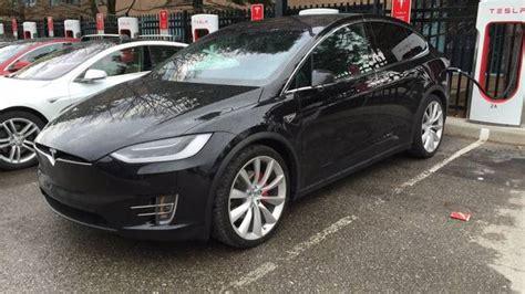 Tesla Canada Pricing Tesla Recalling 2 700 Model X Suvs For Third Row Seat