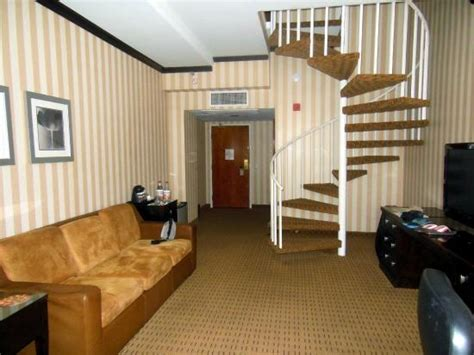 san diego 2 bedroom suite hotels 2 story suite 2nd story master bedroom bath downstairs pull out double bed couch picture
