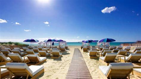 restaurante  beach club  hard rock hotel ibiza en