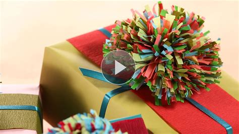 How To Make Crepe Paper Pom Poms - how to make crepe paper pom poms