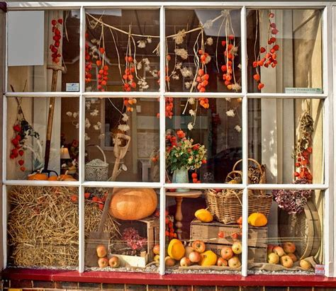 fall window decorations 25 best ideas about autumn window displays on
