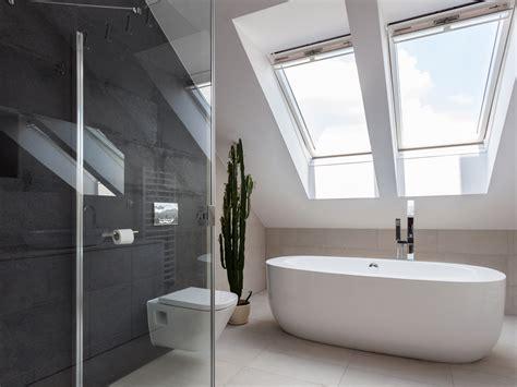 duschkabine wanne bad unterm dach ideen und tipps dekoration de