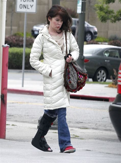 Lara Flynn Boyle Reportedly Weds by Lara Flynn Boyle Photos Photos Injured Lara Flynn Boyle