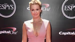 espn s michelle beadle s low cut espys gown gets downright disgusting