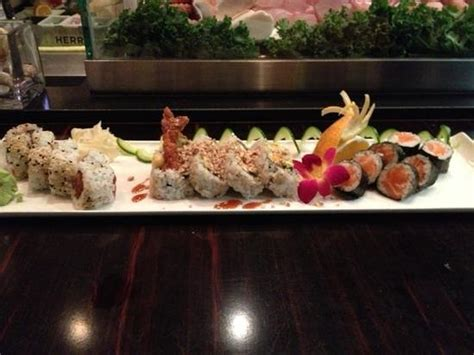 Sushi Palm Gardens by Fin Dec