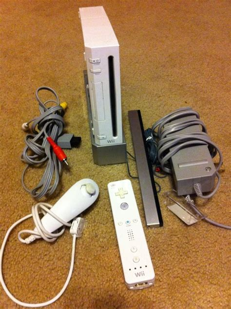 nintendo wii white console nintendo wii white console ntsc works great w remote