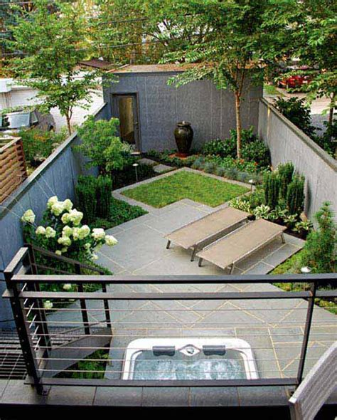 decorating small backyards small backyard decor ideas