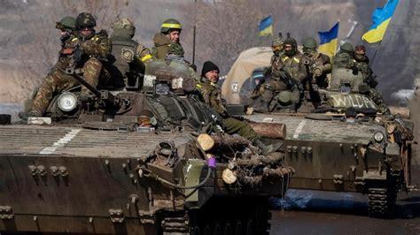 imagenes que lloran en ucrania ucrania se prepara para una guerra con rusia