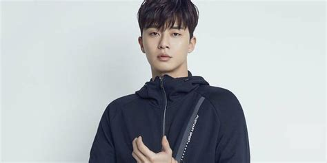 Korean Scariest Horror Stories By Song Joon Eui Ori 514 0487 park seo joon joins iu as the model of chamiseul soju